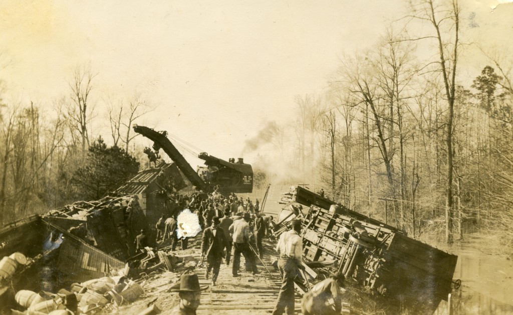 train wreck on logging spur from zwolle to Blue Lake167